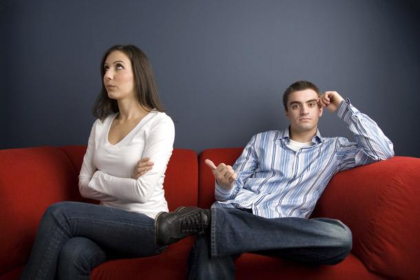 Wie mag bij een echtscheiding in het huis blijven wonen?