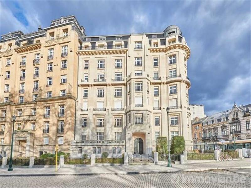 Les millionnaires choisissent des appartements plutôt que des villas