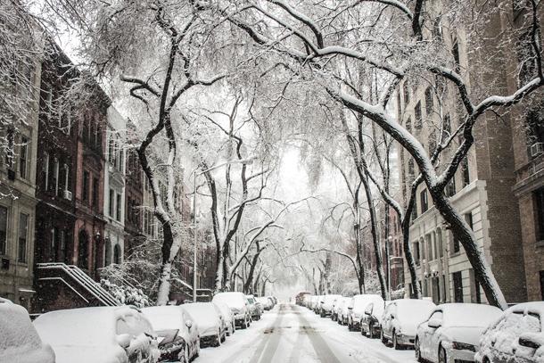 Ijs of sneeuw : welke appartementsbewoner moet de stoep ruimen?