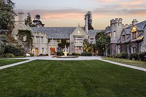 Playboy Mansion verkocht aan buurman