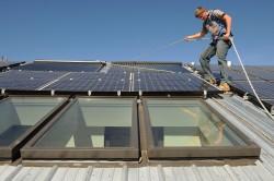 Elektriciteit tot 148 euro duurder door zonnepanelen