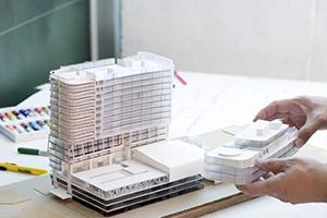 Verzekering voor aannemers en architecten voortaan verplicht