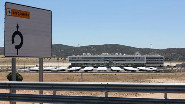 10.000 euro voor de overname van een Spaanse luchthaven