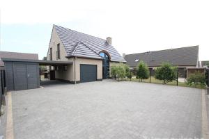 Wie mag de woning van een vennootschap verkopen?