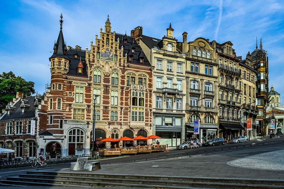 """Brussel in oorlog: """"De meeste Airbnb-woningen zijn illegaal"""""""