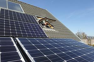 Zomer is niet de beste periode en 4 andere weetjes over zonnepanelen