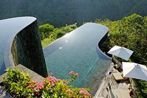 8 van de mooiste overhangende zwembaden ter wereld
