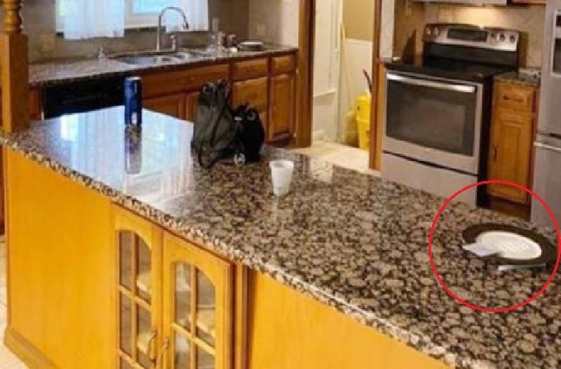 Foto op zoekertjessite gaat viraal: Cocaïne in de keuken?