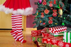 Gebrek aan inspiratie? Ziehier 7 tips om je kerstboom dit jaar te doen schitteren