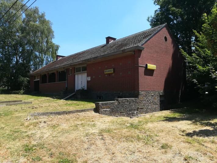Oude school in Nijvel elektronisch geveild
