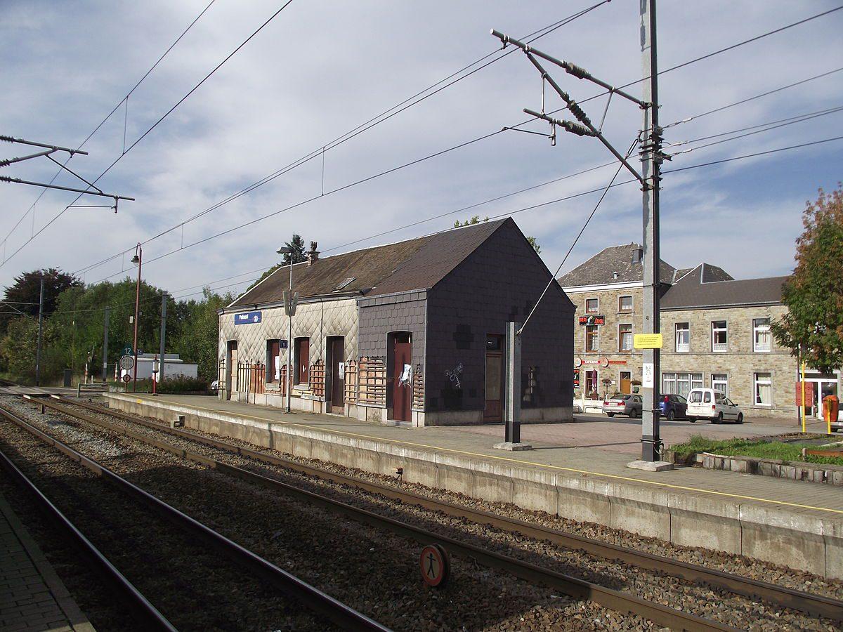 Een station kopen om in te wonen: (te) gek?