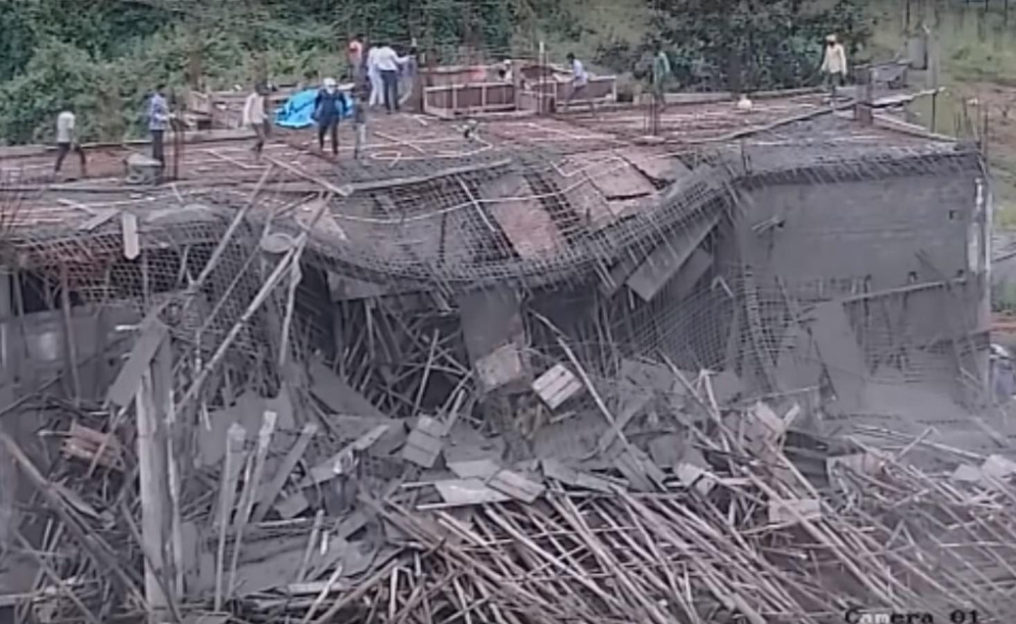 Vidéo : Spectaculaire, un immeuble en chantier s'écroule alors que les ouvriers sont toujours occupés !