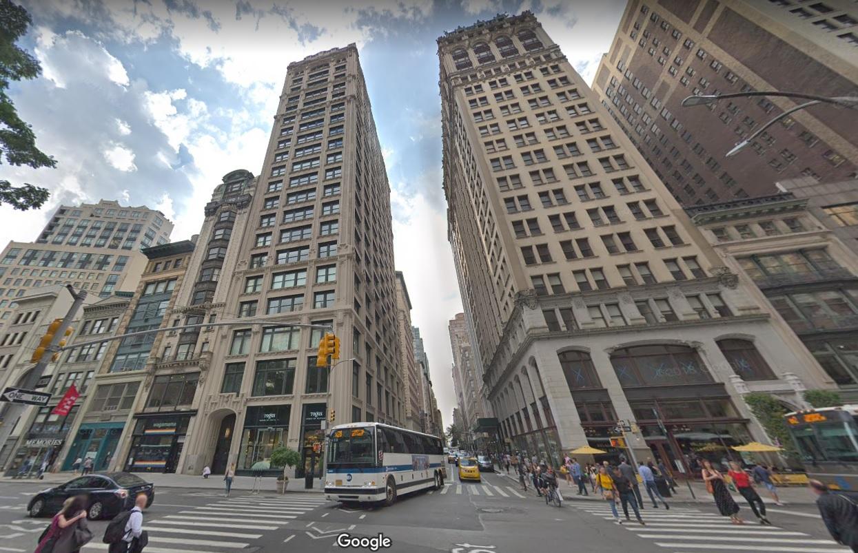 Le PDG d'Amazon fait ses emplettes à New York : il s'achète un appart' délirant !