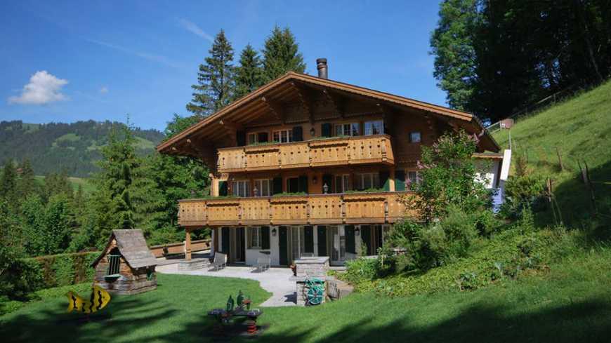 Johnny Halliday's chalet in Gstaad, goed voor 10 miljoen euro!