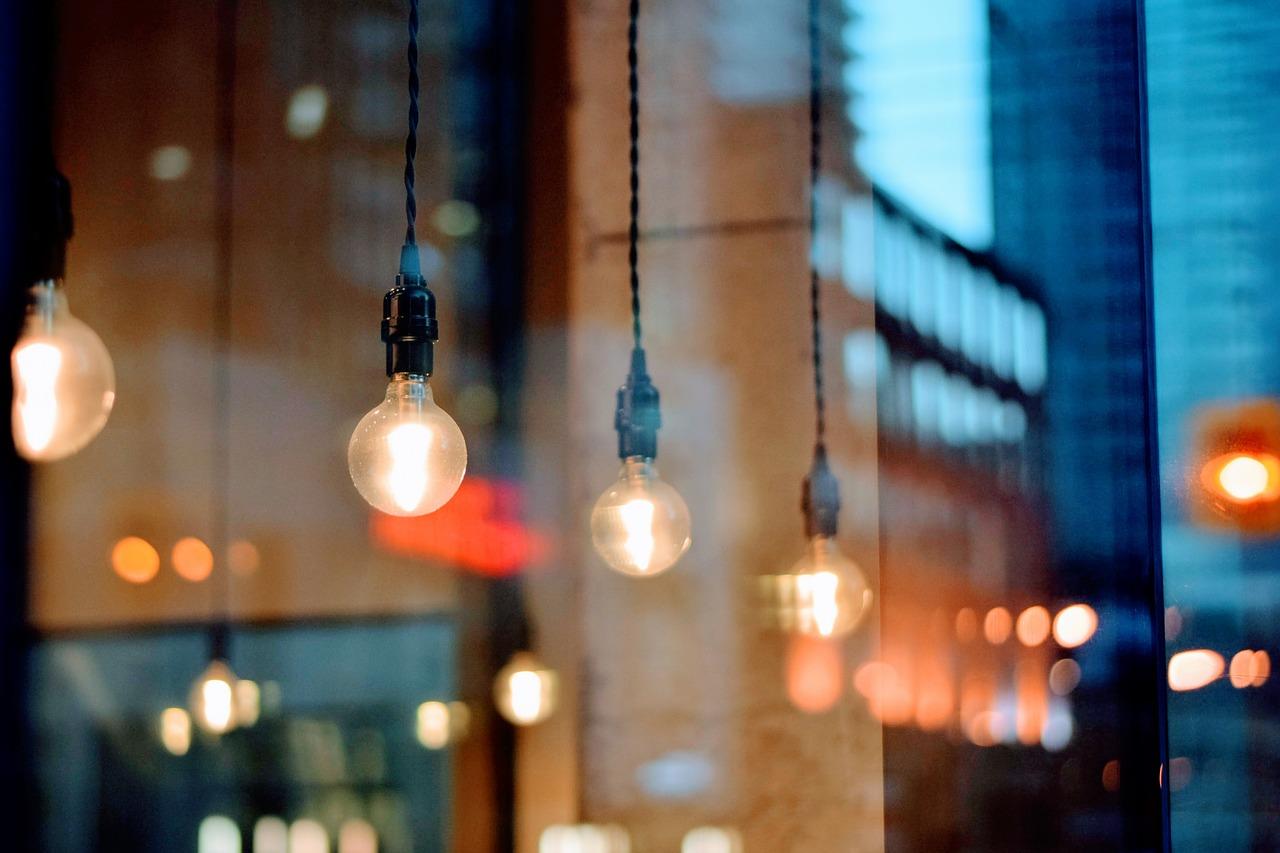 Gedaan met halogeenlampen in Europa