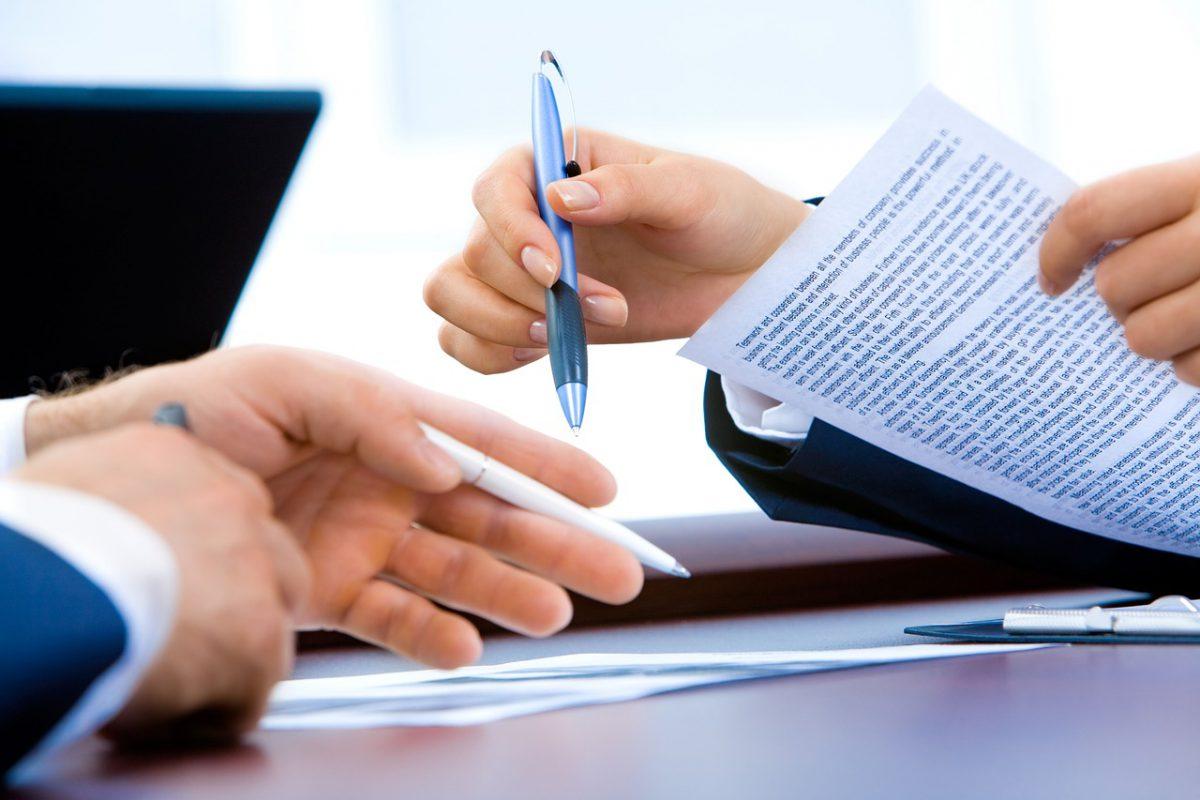 Zijn de algemene voorwaarden van je aannemer bindend voor jou?