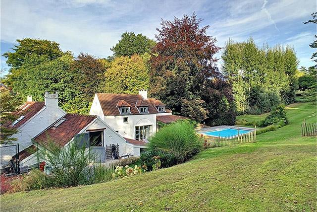 De mooiste huizen van 1 miljoen euro in Lasne, Knokke en Elsene