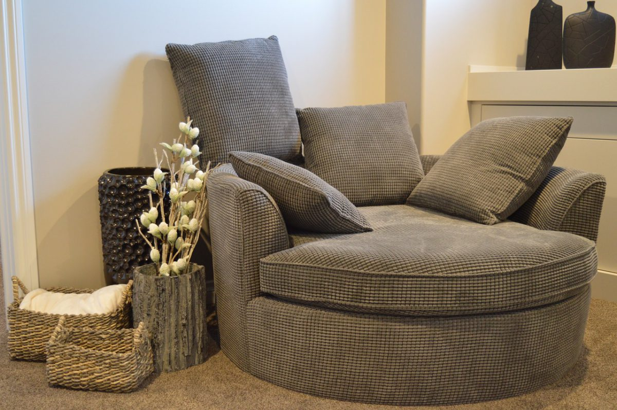 National lazy day: 5 dingen die jouw woonkamer net iets gezelliger maken