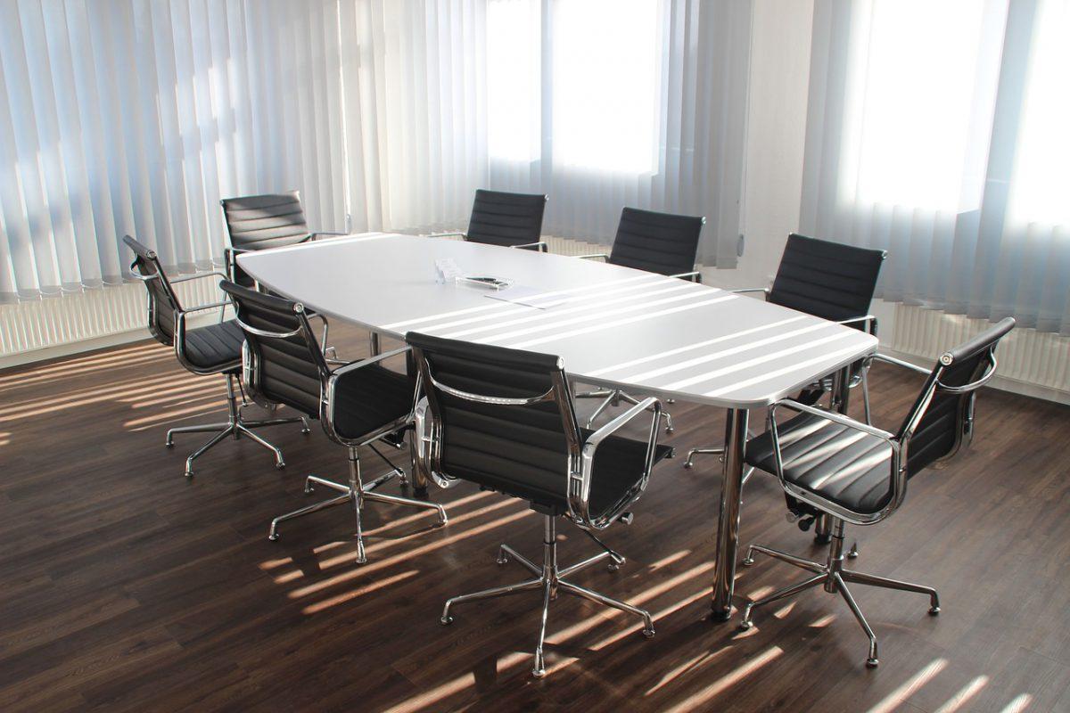 Wie betaalt de kosten van een tweede algemene vergadering?
