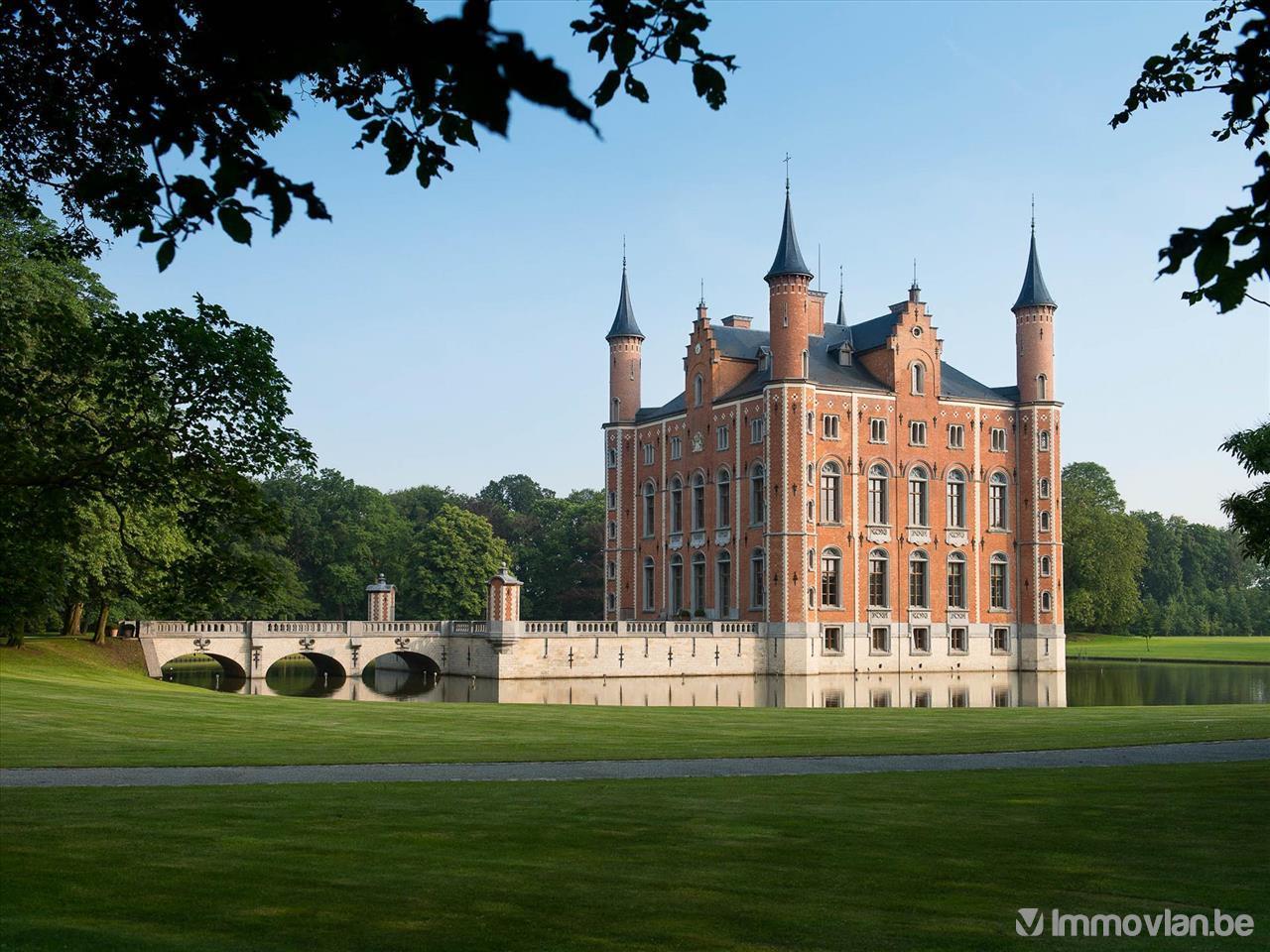 TOP 5 van de mooiste kastelen te koop op Immovlan