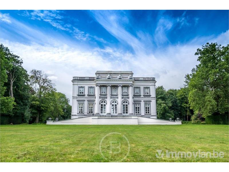 De 5 grootste huizen te koop op Immovlan.be