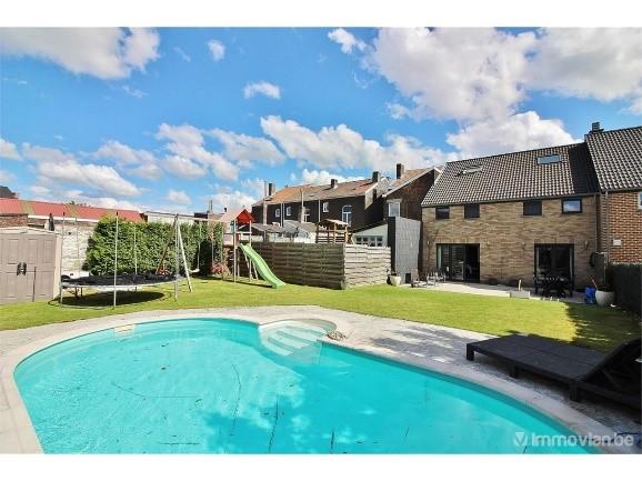 Top 3 huizen met zwembad voor minder dan € 300.000
