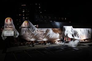 Blague Halloween: Burger King déguisé en McDonalds