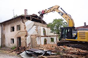 """""""Soms kun je een oud huis beter afbreken dan renoveren"""""""
