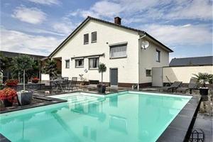 5 huizen met zwembad voor minder dan € 300.000 op Immovlan.be