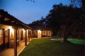 Robert Pattinson (Twilight) est fan d'architecture de style espagnol.