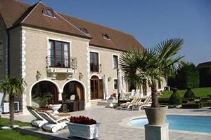 3 villas splendides avec piscine sur Immovlan.be