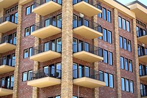 Dans un immeuble à appartements, on peut prendre des décisions urgentes sans passer par l'assemblée générale