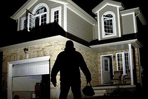 Quelques conseils pour protéger votre habitation contre les cambrioleurs et l'incendie