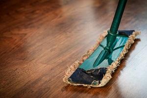 Enlever les taches sur le sol: les 5 questions les plus lues