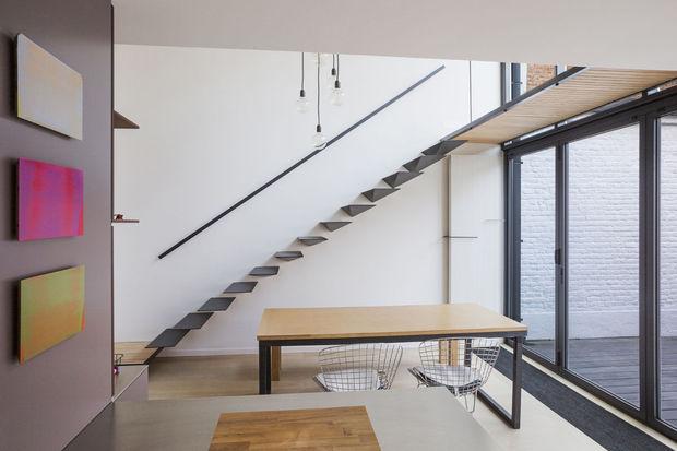 Nieuwe trap wijzigt dynamiek van hele huis