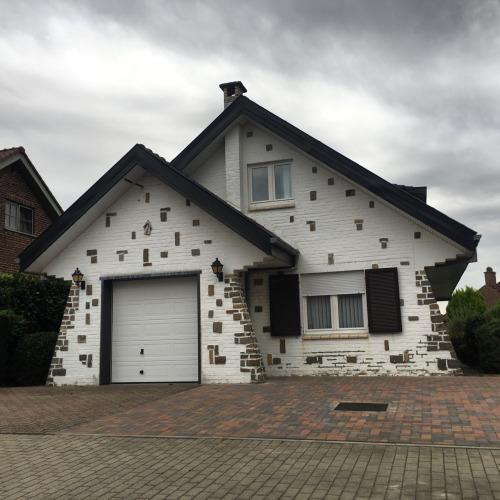 Immo nieuws alweer 10 lelijke huizen in for Huizen te koop belgie