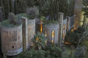 Oude cementfabriek wordt geniaal droomhuis