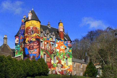 Graffiti op een eigenaardig kasteel