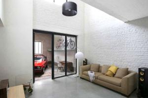 In beeld: fantastische renovatie van een oude garage