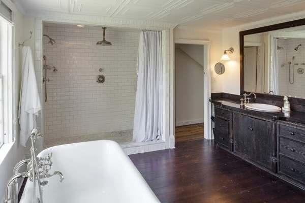 immovlan - luxe boerderij te koop Renee Zellweger badkamer