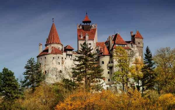 Dracula Castle te koop - Immovlan.be