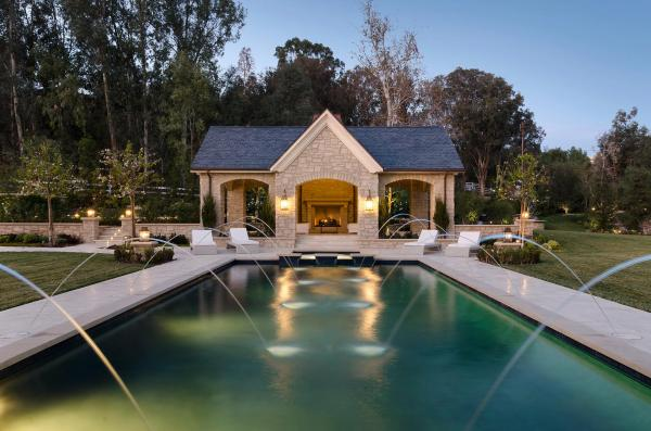 immovlan - nieuwe 20 miljoen dollar kostende woning van Kim Kardashian
