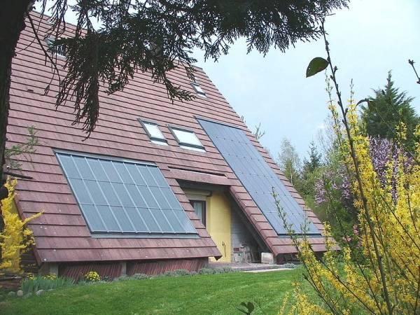 zonnepanelen of fotovoltaïsche panelen onderhoud
