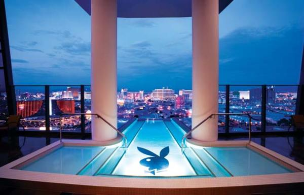 piscine à débordement - Hugh Hefner Sky Villa - Immovlan.be