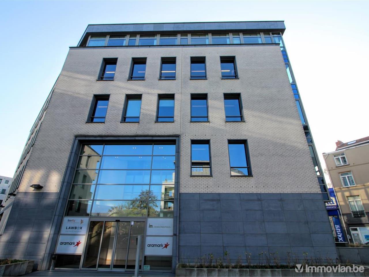 Le Bureau Wavre : Business space in chaussée de wavre oudergem
