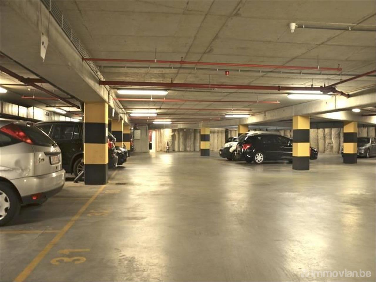 Garage rue paul devaux 8 bruxelles - Garage a louer bruxelles ...