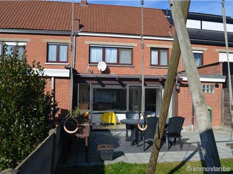 Huis met garage en terras kontich rwb83847