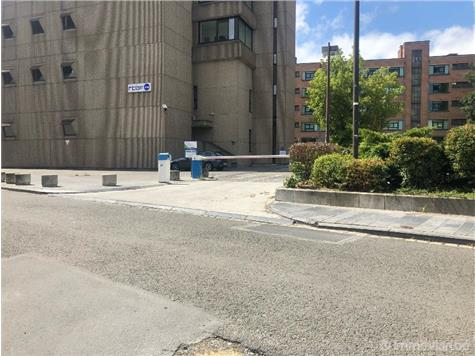 Parking for rent in Mons (VWC65376)