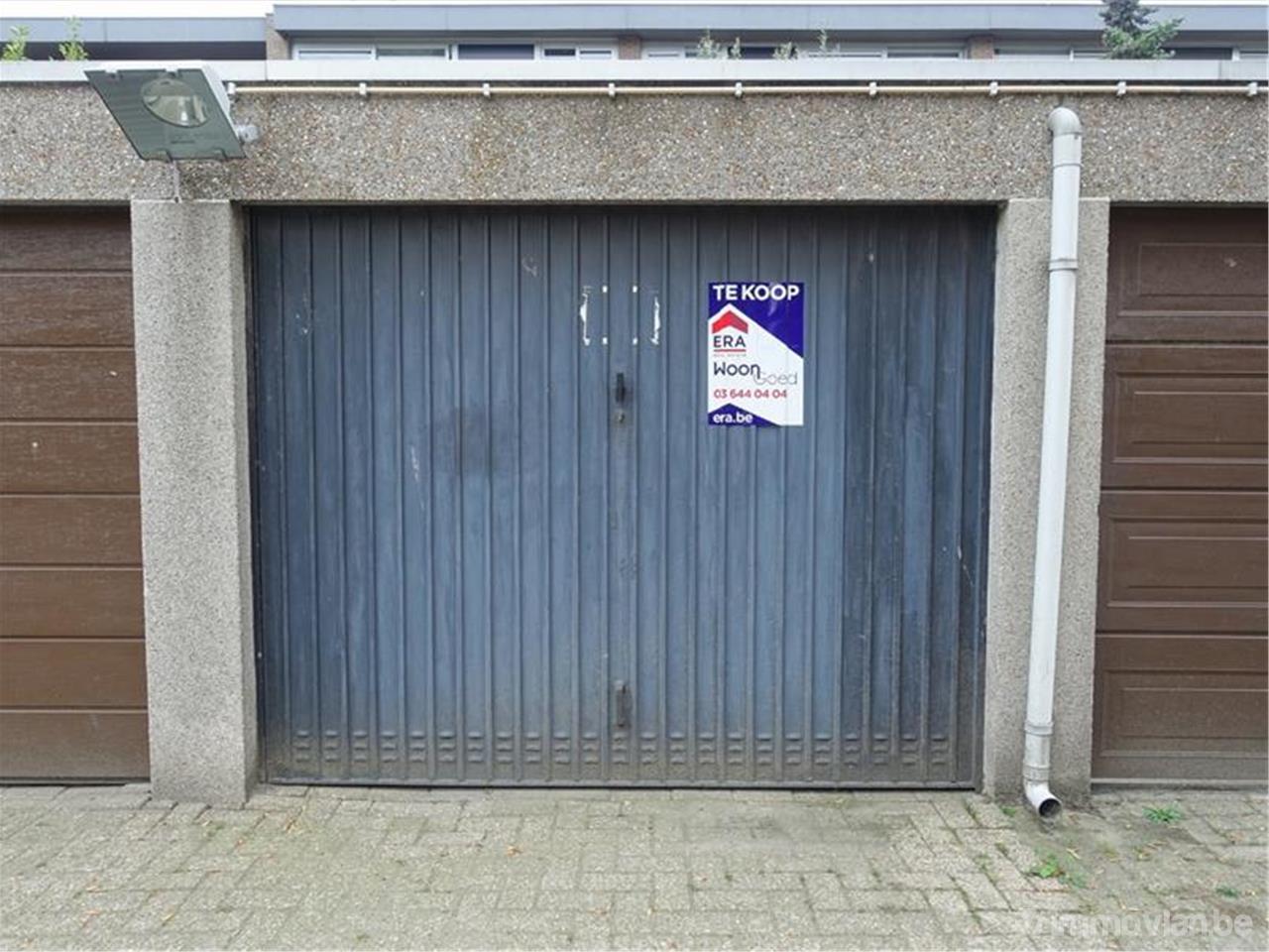 Garage Te Koop : Garage in groenendaallaan merksem