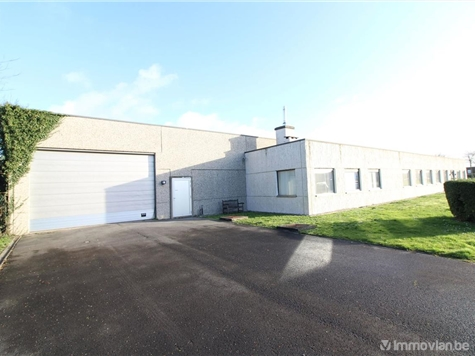 Industrial building for sale in Oostende (RAO01749)